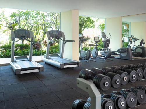 The fitness center and/or fitness facilities at Shangri-La Golden Sands, Penang