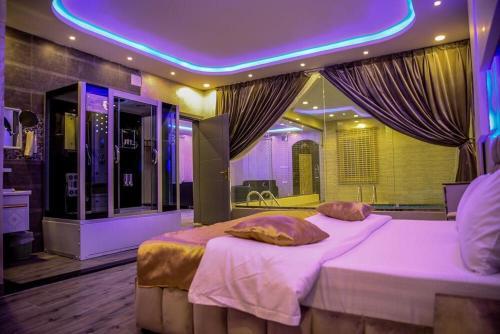Kinda Resort Luxury Villas