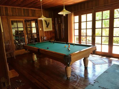 A pool table at Mavidahue