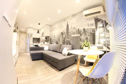 Zona de estar de Lovely Studio New York Design
