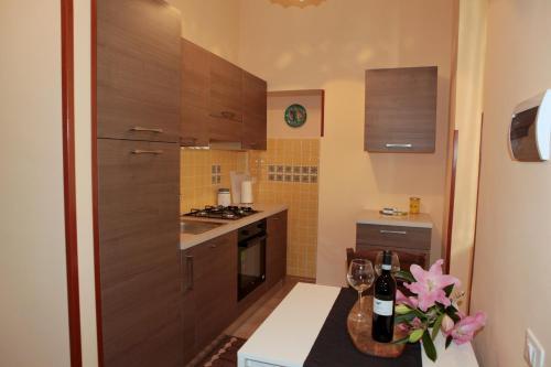 A kitchen or kitchenette at SALERNUM - MONTE MARE