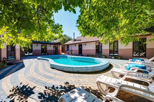 The swimming pool at or close to Hotel Marton Sholokhova