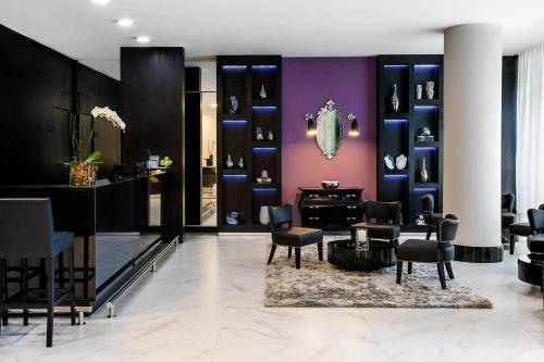 The lobby or reception area at Nobile Hotel Copacabana Design