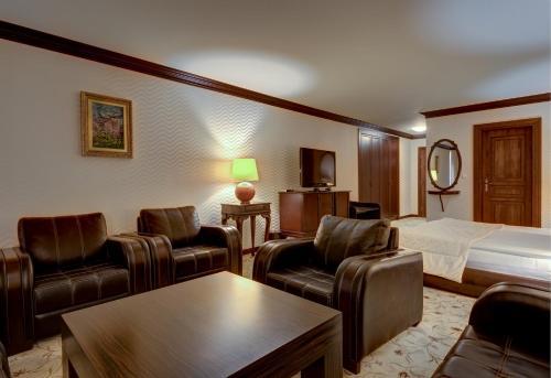 Кът за сядане в Shiroka Laka Hotel
