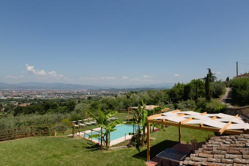A view of the pool at Agriturismo Il Poderaccio or nearby