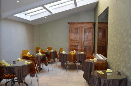 Restaurant ou autre lieu de restauration dans l'établissement Hôtel Terminus