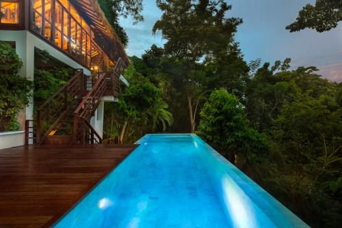 The swimming pool at or close to Zeavola Resort-SHA Plus