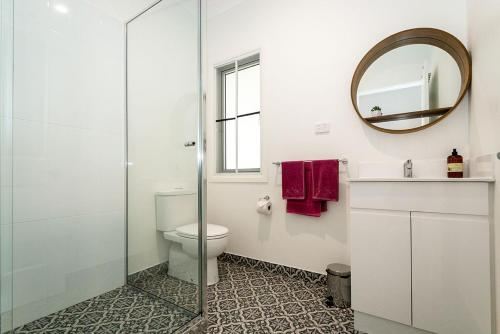 A bathroom at Island Cottages