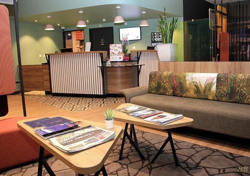 Hall ou réception de l'établissement B&B Hôtel Bordeaux Centre Gare Saint-Jean