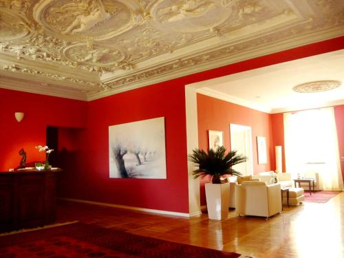 Lobby/Rezeption in der Unterkunft Hotel Schloss Spyker