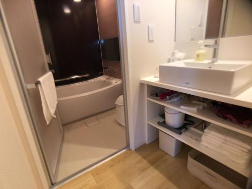 A bathroom at Hotel Gracery Asakusa
