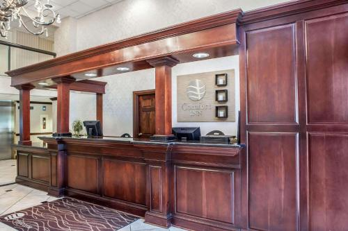 The lobby or reception area at Comfort Inn Feasterville - Trevose