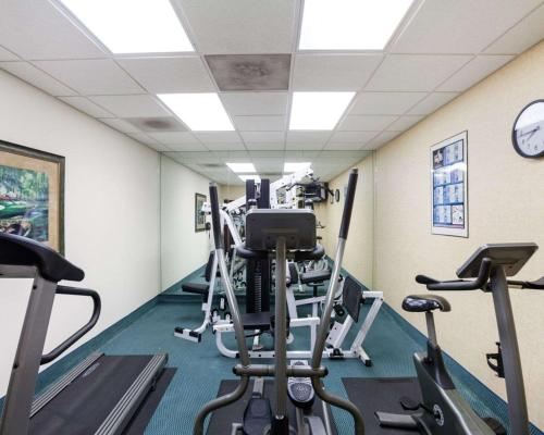 The fitness center and/or fitness facilities at Comfort Inn & Suites San Antonio Airport