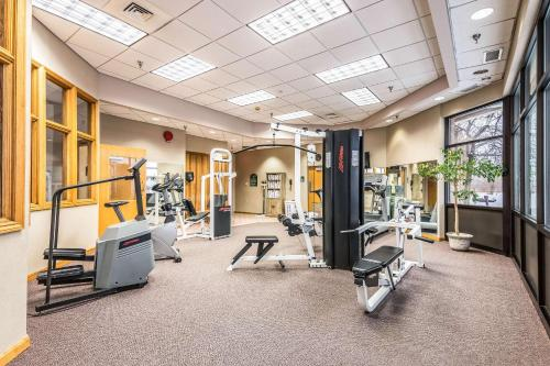 The fitness center and/or fitness facilities at Quality Inn near Finger Lakes and Seneca Falls