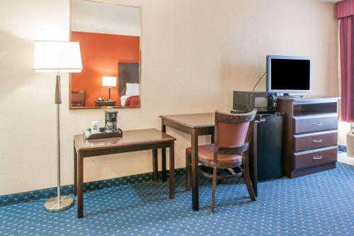 A television and/or entertainment center at Quality Inn Seymour I-65
