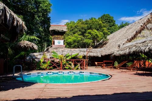 The swimming pool at or close to Avatar Amazon Lodge