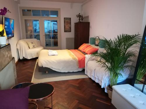 A bed or beds in a room at Irina&Gianpaolo