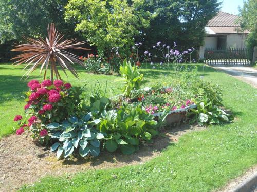 A garden outside Domaine des Charmilles