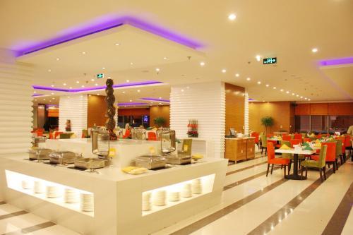 مطعم أو مكان آخر لتناول الطعام في نوفوتيل اتلانتيس شنغهاي