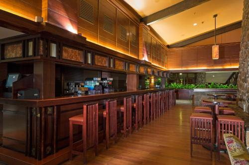 The lounge or bar area at Disney's Sequoia Lodge®