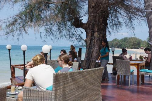 Restaurace v ubytování Thai House Beach Resort