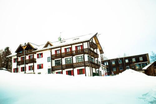 Jugendherberge Oberstdorf during the winter