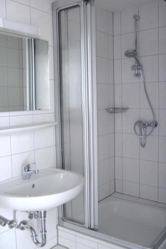 A bathroom at Short Stay