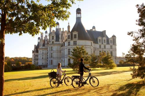 Biking at or in the surroundings of Relais de Chambord - Small Luxury Hotels of the World