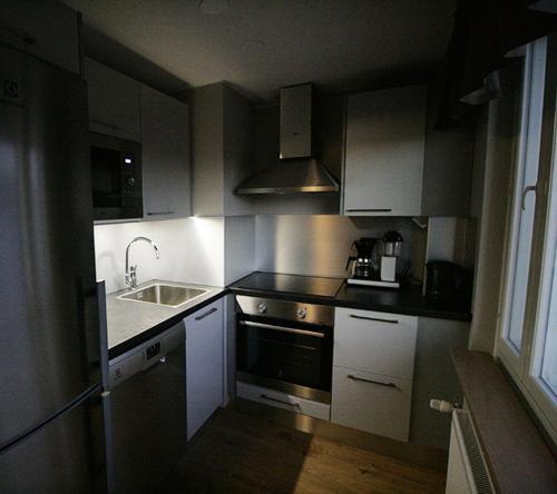 Kuchnia lub aneks kuchenny w obiekcie Hotelli Toivola
