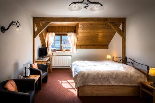 Postel nebo postele na pokoji v ubytování Holzberg