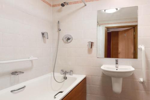 A bathroom at Ramada London Ruislip