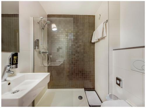 A bathroom at Trip Inn Eden Antwerpen