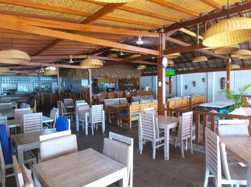 A restaurant or other place to eat at Chill Out Bungalows
