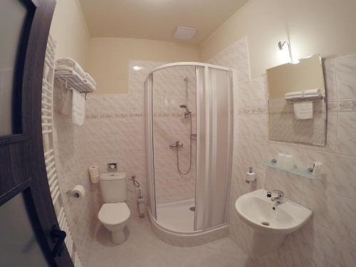 Ванная комната в Hotel Orličan