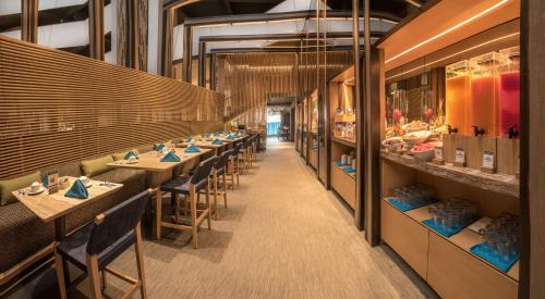 A restaurant or other place to eat at Doubletree By Hilton Iquitos