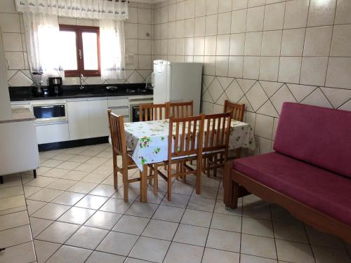 A cozinha ou cozinha compacta de Pousada Praiamar