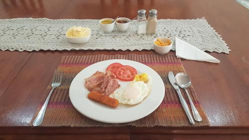 Breakfast options available to guests at Sonyador Guesthouse