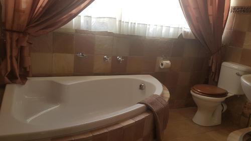 A bathroom at Sonyador Guesthouse