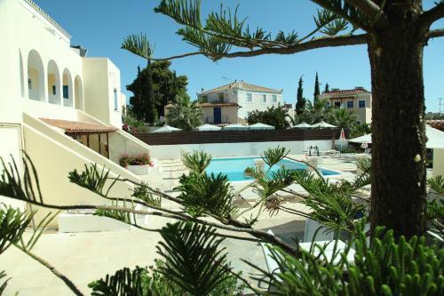 Πισίνα στο ή κοντά στο Lianos Hotel Apartments