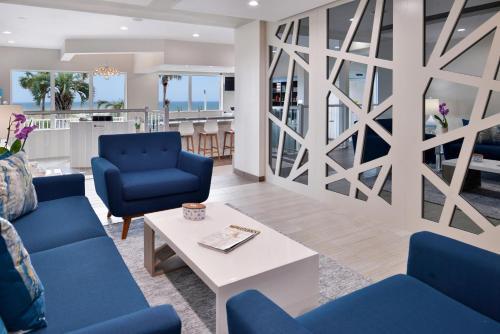 Area soggiorno di Cabana Shores Hotel