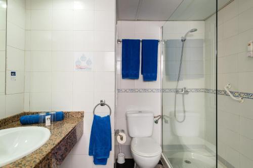Een badkamer bij Hotel New Folías
