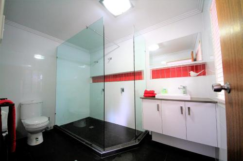 A bathroom at Serenity@Montville