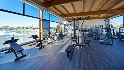 Gimnasio o instalaciones de fitness de Club Maspalomas Suites & Spa - Adults Only