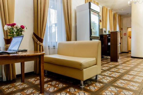 Svetainės erdvė apgyvendinimo įstaigoje Tsaritsynskiy Hotel