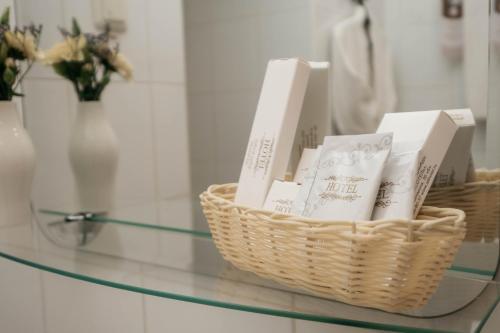 Ванная комната в Центральный by USTA Hotels