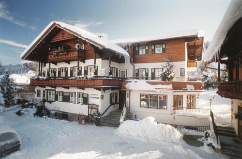Landhaus Kaiserblick during the winter