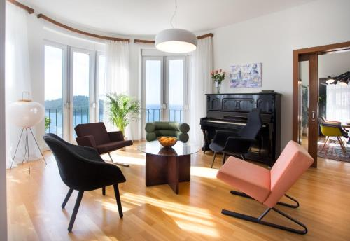 Posedenie v ubytovaní Villa Paulina