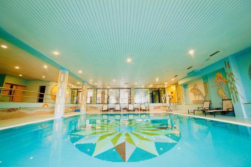 A piscina em ou perto de Alambique de Ouro Hotel Resort & Spa