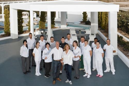 Membres du personnel de l'établissement Santorini Princess Presidential Suites