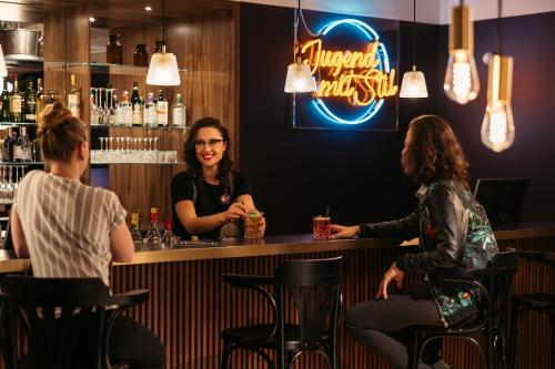 The lounge or bar area at Hotel Schani Salon